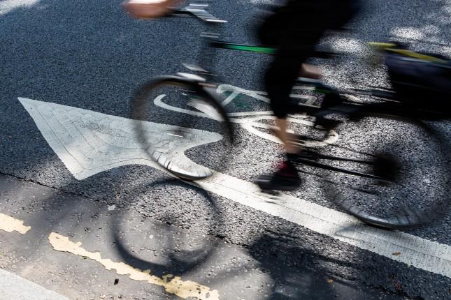 Cycle_Lane_Cyclist